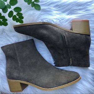 Clarks | Breccan Myth Ankle Boots